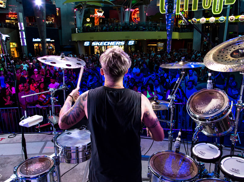 RICKY ROCKS LIVE ON DRUMS w/DJ NEL @ CITYWALK (Universal Studios Hollywood)